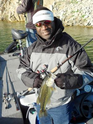 Second bass(2.2lbs) caught at Lake Piru,CA on the new JigRig hook on a Yamamoto Cutttail.